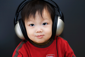 japanese boy headphones